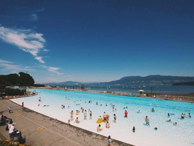 "Praia Kitsilano ""Kits"" Beach em Vancouver"