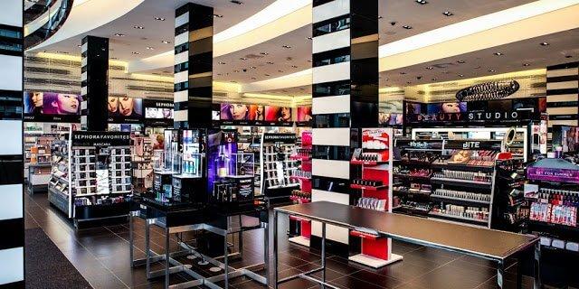 Onde comprar maquiagens em Winnipeg