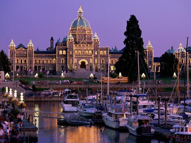 O que fazer à noite em Victoria no Canadá