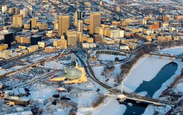 Que língua falam em Winnipeg