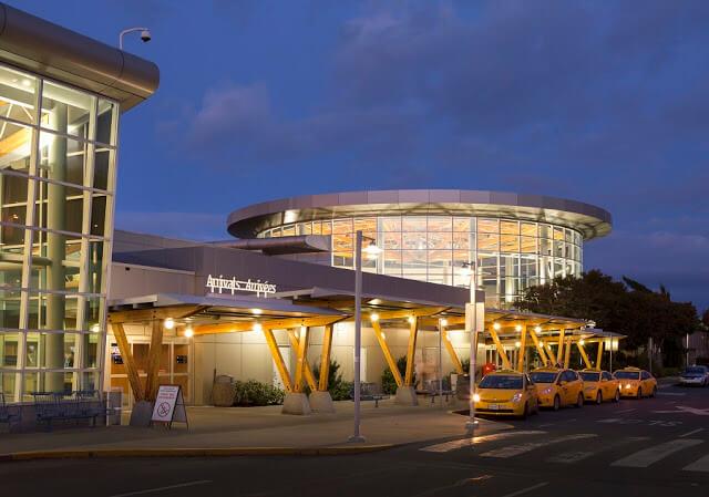 Aeroporto de Victoria
