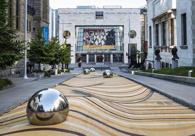 Área exterior do Montreal Museum of Fine Arts