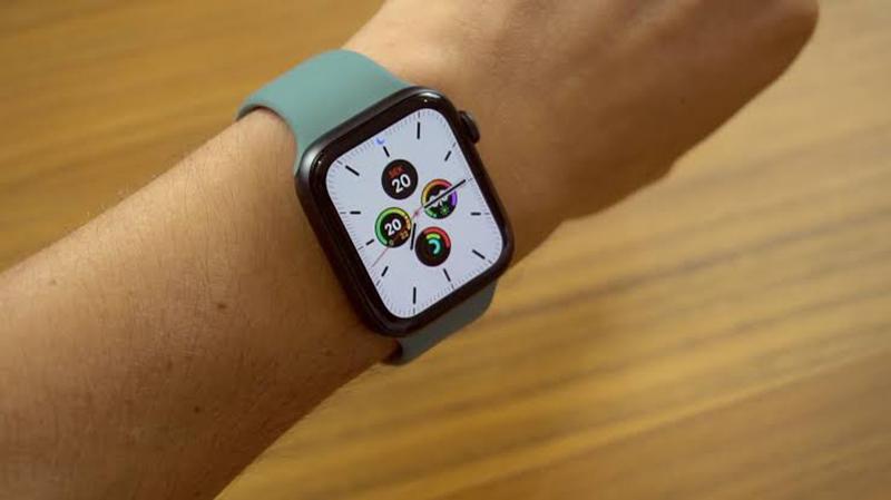Diferentes cores de pulseira do Apple Watch