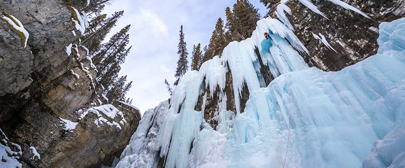 Johnston Canyon Icewalk em Banff