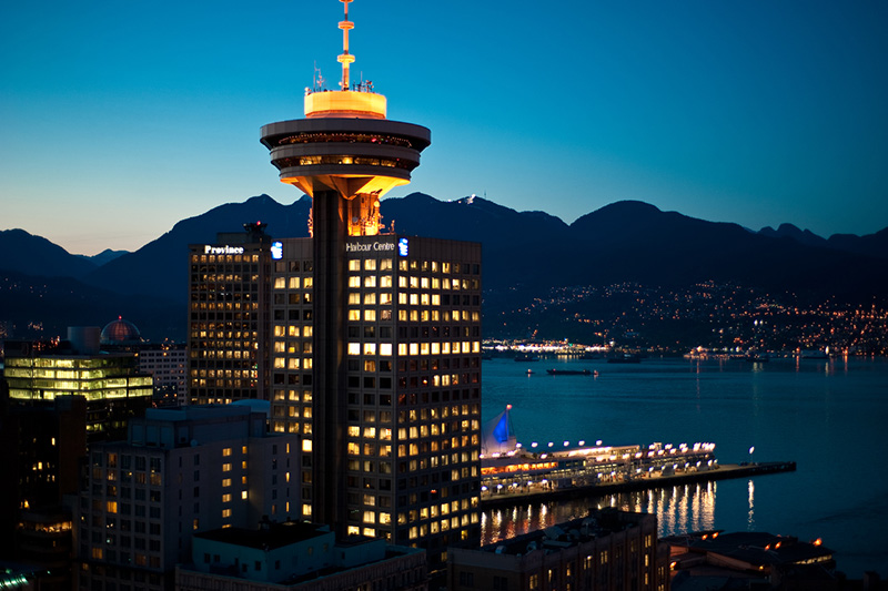 Torre do Mirante Vancouver Lookout à noite
