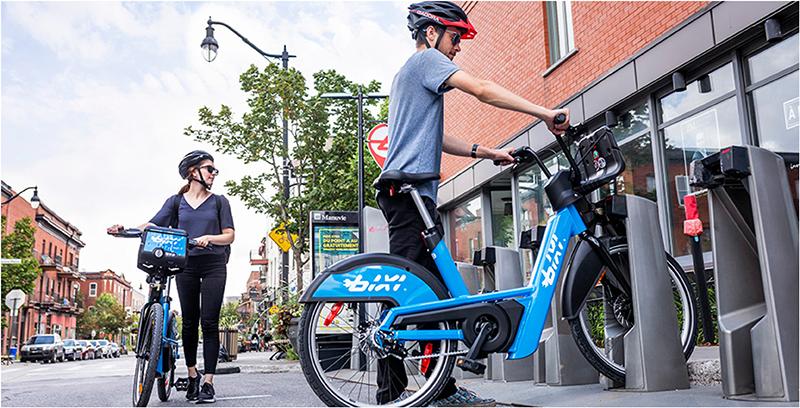 Bicicleta elétrica pelas ruas de Montreal