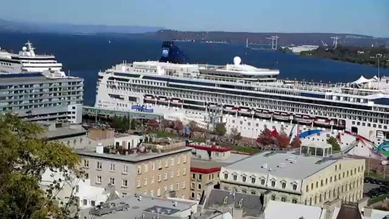 Cruzeiro com brunch no Porto em Quebec