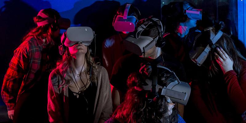 Grupo da Experiência de realidade virtual em Quebec