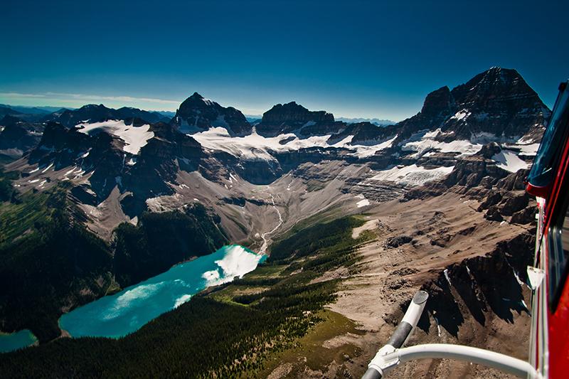 Passeio de helicóptero em Banff
